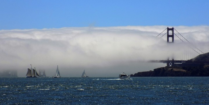 Cloud-clad_Golden_gate