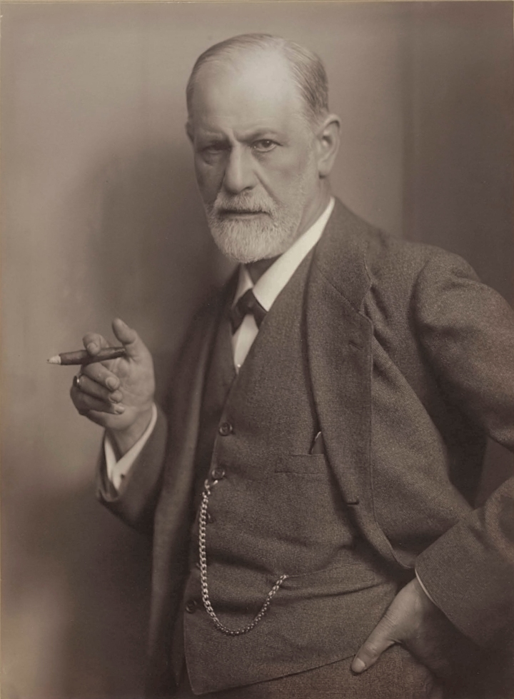 Sigmund_Freud,_by_Max_Halberstadt_(cropped).jpg